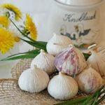Treat ringworm with garlic